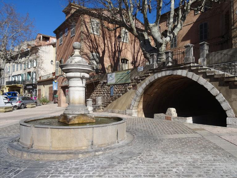 Fontaine de Barjols